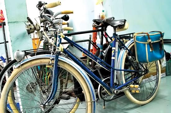 Chiếc xe đạp hiệu Peugeot này có giá 45 triệu đồng.