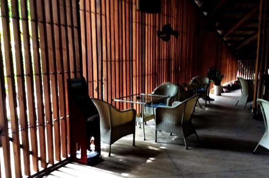 Không gian cà phê Lam