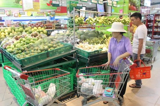 Liên hiệp HTX thương mại TPHCM (Saigon Co.op) đã chuẩn bị hơn 1.900 tỉ đồng hàng bình ổn cho thị trường tết sắp tới.  Ảnh: Thành Hoa