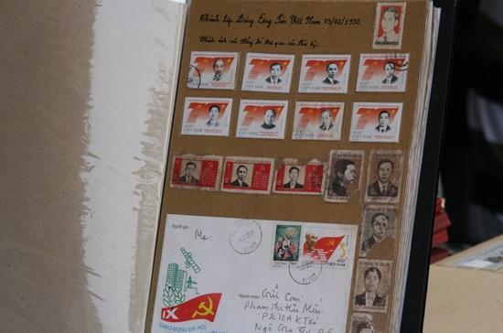 """""""Tem chết"""", tức tem đã đóng dấu bưu chính tuy có giá trị mua bán không cao nhưng cũng có con rất quý, giá rất cao."""