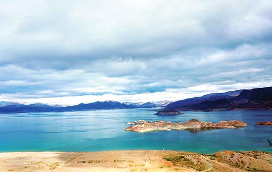 Lake-Mead-chup-tu-truc-thang