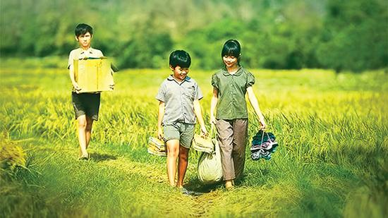 Cảnh-trong-phim-Tôi-thấy-hoa-vàng-trên-cỏ-xanh
