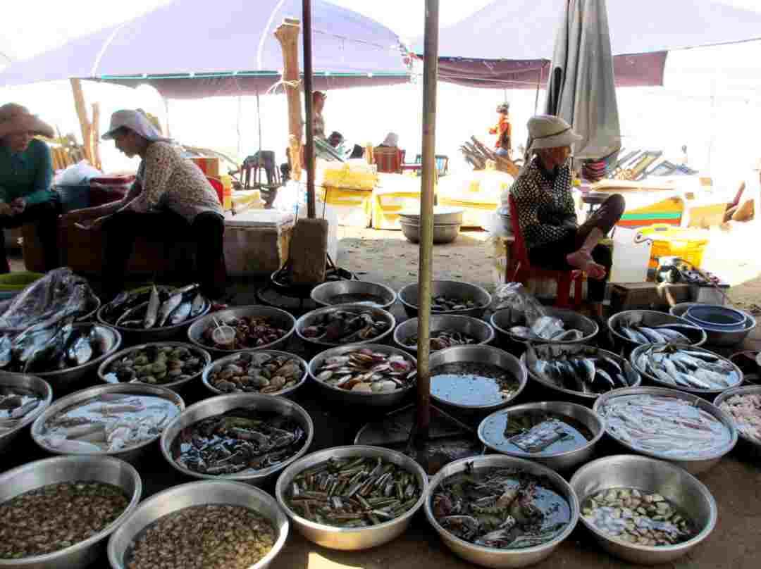 Thoả thích tắm biển, ăn hải sản ở Bình Châu – Hồ Cốc