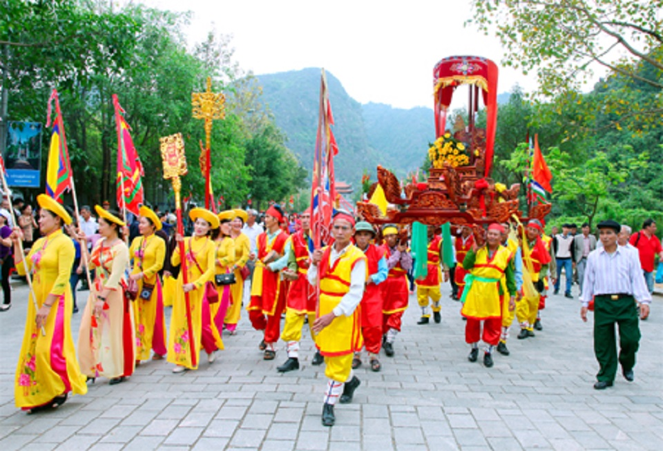 Lễ hội Hoa Lư